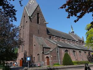 500px-sint-martinuskerk_heeze_p1060719