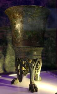 rijksmuseum_van_oudheden_romeinse_schatten_uit_limburg_bronzen_beker_villa_backerbosch_cadier__keer2