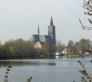 vinkeveen-kerk_5664v-300x268
